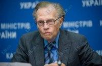 Ларри Кинг: Азаров был бы успешным американским политиком