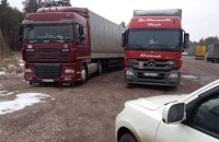 Власти сообщают о свободном проезде российских фур по территории Украины