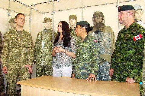 Канадские инструкторы начали учить ВСУ логистике