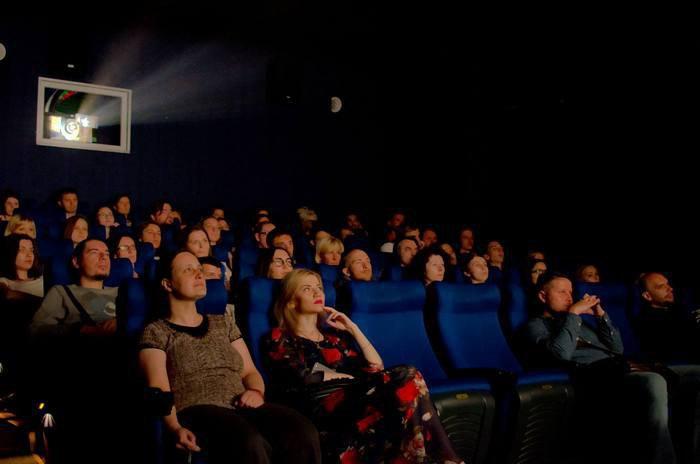 Показ фільму «У променях сонця» Віталія Манського у кінотеатрі «8 1/2», Харків, в рамках проекту фестивалю DocudaysUA
