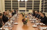 Глава парламента Швеции заверил Порошенко в поддержке продления санкций против России