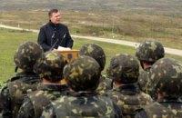 Янукович обязался давать больше денег на военные учения