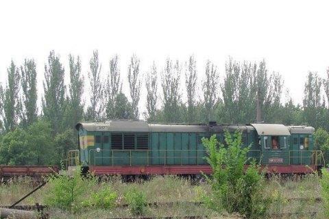 Боевики обстреляли два локомотива взоне АТО