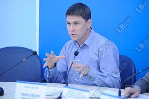 Иванющенко никогда судим не был, - защитники