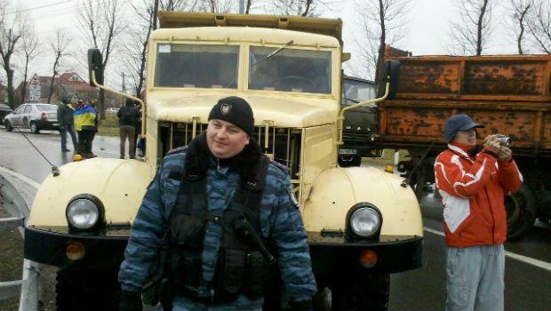 Милиция не дает активистам Майдана проехать в Межигорье (ОНЛАЙН-трансляция, ОБНОВЛЕНО)