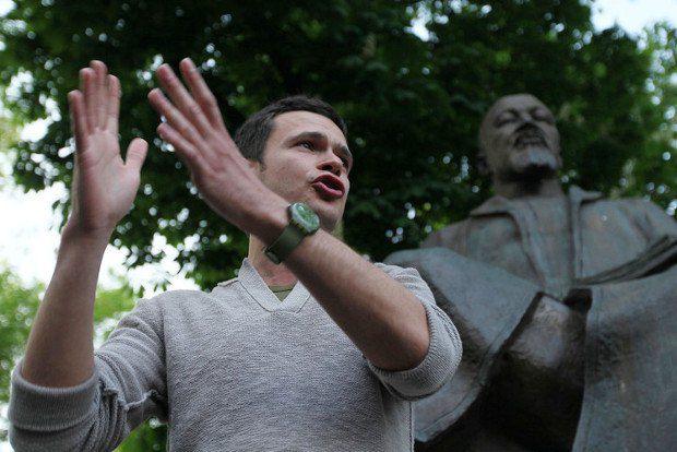 Илья Яшин - лицо российской оппозиции - не любит, когда его называют радикалом