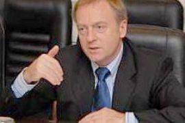 Лавринович надеется, что Ющенко не будет медлить и подпишет соцстандарты