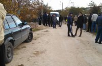 В Бахчисарае российские силовики снова проводят обыски в домах крымских татар
