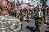 Порошенко поручил добиться освобождения всех заложников до 25 декабря