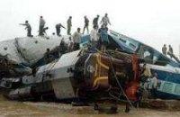 Крупная ж/д катастрофа в Индии: 56 жертв