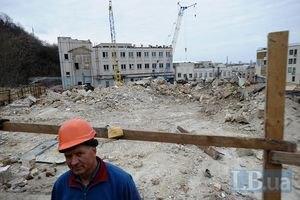 У Ахметова кажуть, що знесли споруди 1978 року забудови