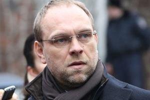Власенко напомнил украинской Фемиде, что он депутат и трогать его нельзя
