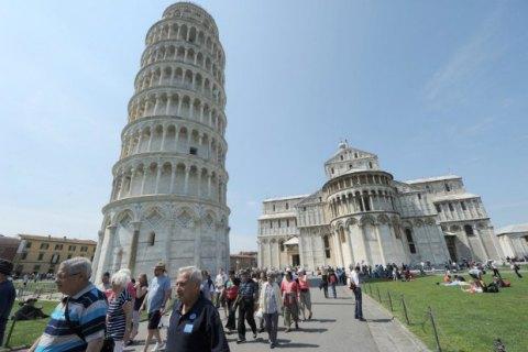 ВИталии началась кампания против возведения мечети около Пизанской башни