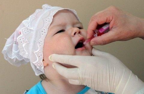 Минздрав отчитался о ходе вакцинации от полиомиелита