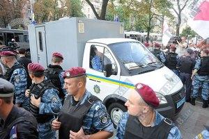 Тимошенко привезли в суд