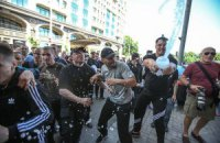 Британский посол удивлен, что милиция не вступилась за избиваемых журналистов