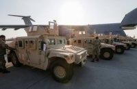 В Украину приехала очередная партия военных автомобилей Humvee из США