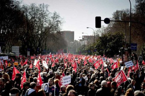 Европа бунтует против торговых договоров сСША иКанадой