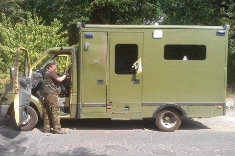 Активисты просят помочь с ремонтом реанимобиля для военных
