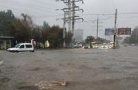 Юг Украины заливают сильные дожди