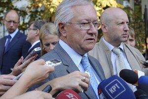 Тарасюк: до окончания выборов подписание СА не состоится