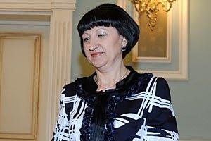 """Герега решила """"задобрить"""" избирателей путевками в """"Артек"""" для детей"""