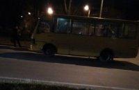 Во Львове обстреляли маршрутку с пассажирами