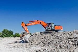 Ахметов купил месторождение глины на Донбассе