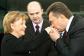 Меркель встретила Януковича
