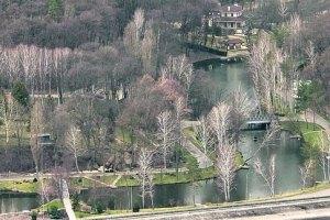 Янукович строит у Межигорья яхт-клуб, - источник