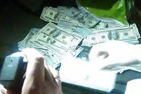 НАБУ поймало навзятке в $150 тыс. судью Днепровского райсуда столицы Украины