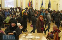 Колесниченко и Онищенко наведались к протестующим