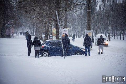 Україну знову засипатиме рясним снігом, аморози посиляться до-17