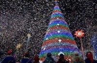 Янукович зажег елку на Майдане Независимости