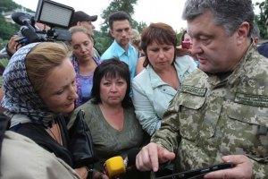 Порошенко надеется установить мир на Донбассе в течение недель или месяцев