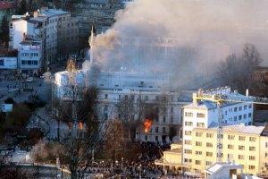 В Боснии после массовых протестов чиновники уходят в отставку