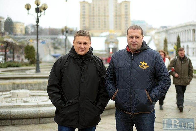 Віталій Яцик (зліва) та Максим Фіногін в Києві згадують складні дні життя у полоні