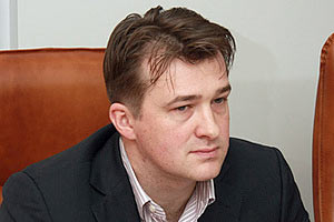 """В """"Борисполе"""" за долги не выпустили заграницу мэра Никополя"""