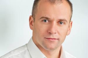 """К окружкому №16 в Винницкой области везут два автобуса """"титушек"""", - кандидат"""