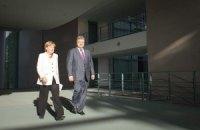 Меркель поддерживает план Порошенко по урегулированию ситуации в Украине