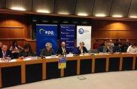 Яценюк в Брюсселе: мы приняли четыре пакета жесткой экономии, а получили в 40 раз меньше Греции