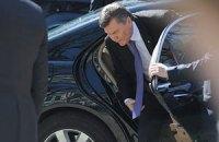 Янукович сегодня поедет в Крым