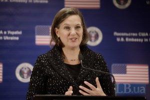 Штаты ответят на попытки России разместить оружие в Крыму, - Нуланд