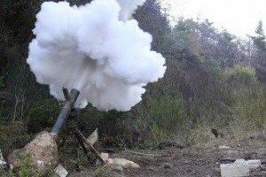 Боевики в пятницу четырежды обстреляли позиции АТО с танков и минометов