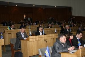 Депутаты Тернопольского облсовета выселяют облгосадминистрацию