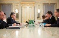В Украину прибыли посланцы Меркель и Олланда