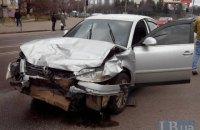 Шесть человек госпитализированы из-за ДТП на бульваре Перова в Киеве