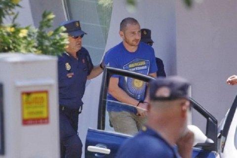 Черновецкий заявляет, что суд вБарселоне освободил его сына