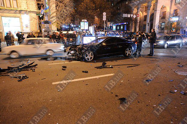 ДТП Крещатик Киев 10.11.2011
