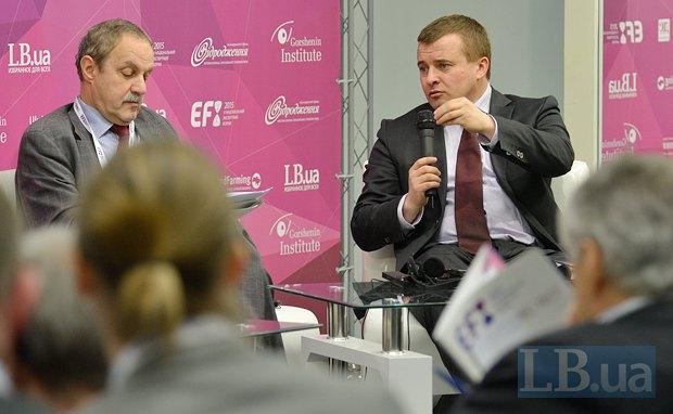 Питер Балаш(слева), руководитель Группы поддержки Украины Европейской комиссии и Владимир Демчишин, министр энергетики и угольной промышленности Украины